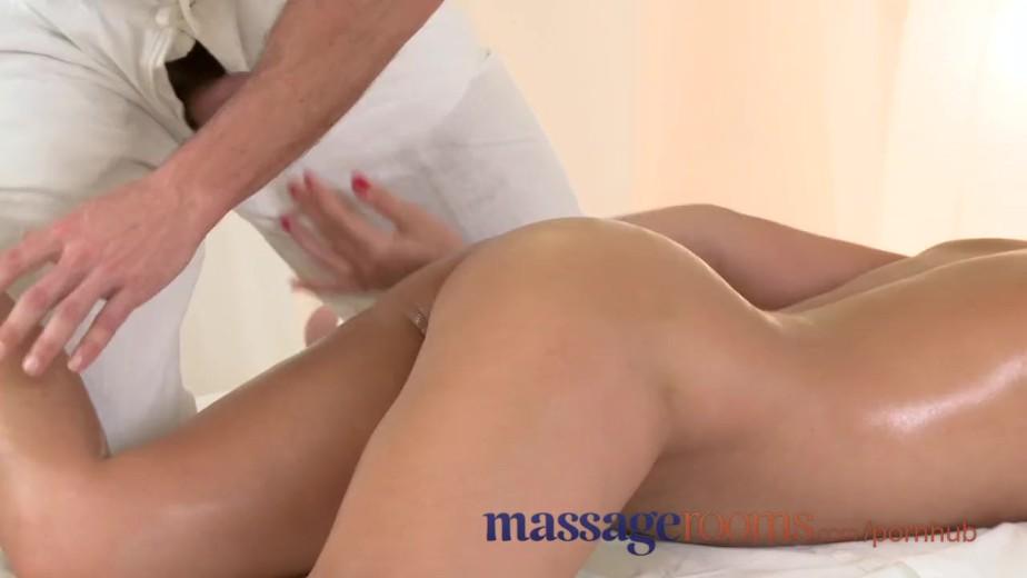 Реальный массаж в порно
