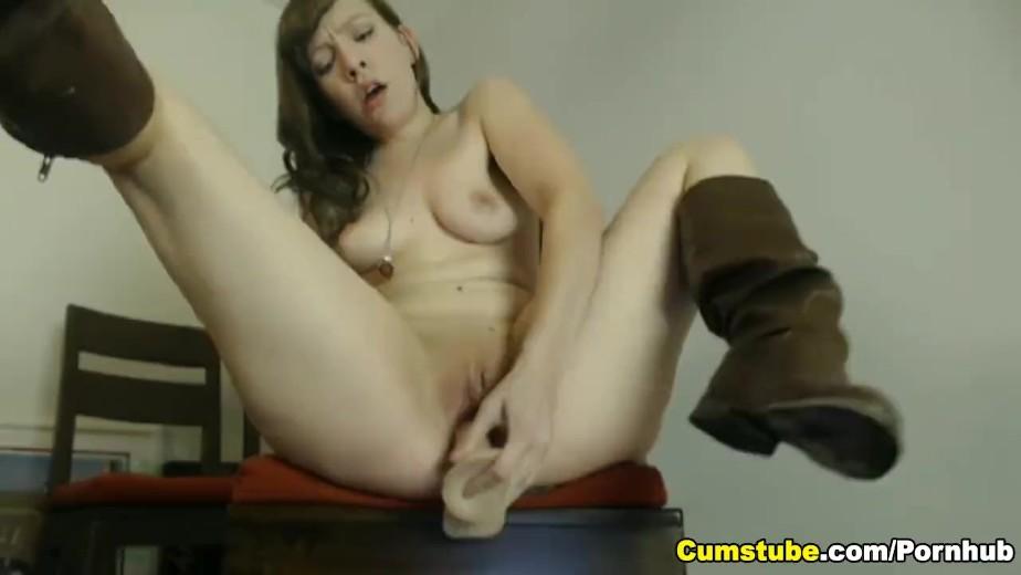 Порно гигантские дилдо оргазм