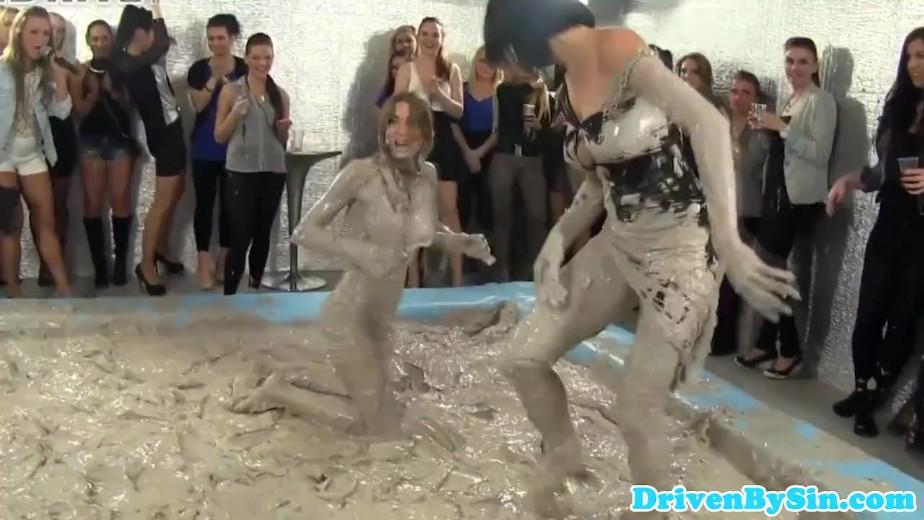 Classy euro hotties watch mud wrestling match 4