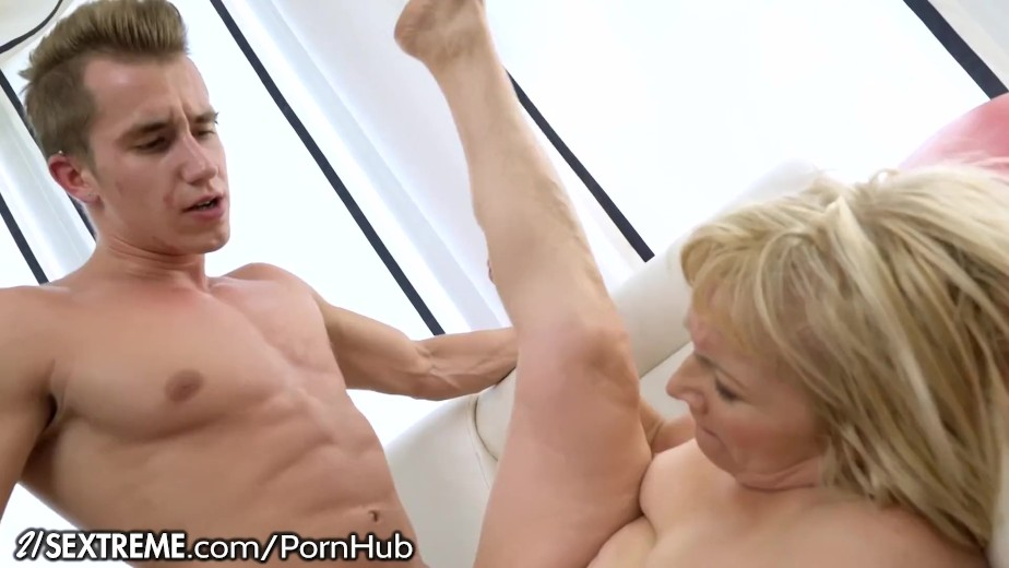 from Jamari granny loves anal sex