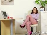 Лесбиянки в спальне видео