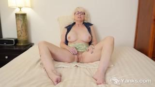 Hot amateur mab masturbating her pussy 7