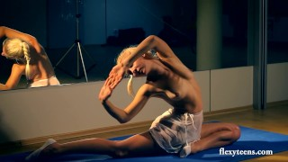 Flexible Lena shows nude gymnastics