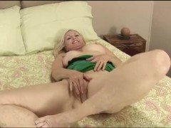 Granny Annabelle Brady Fingers Pussy