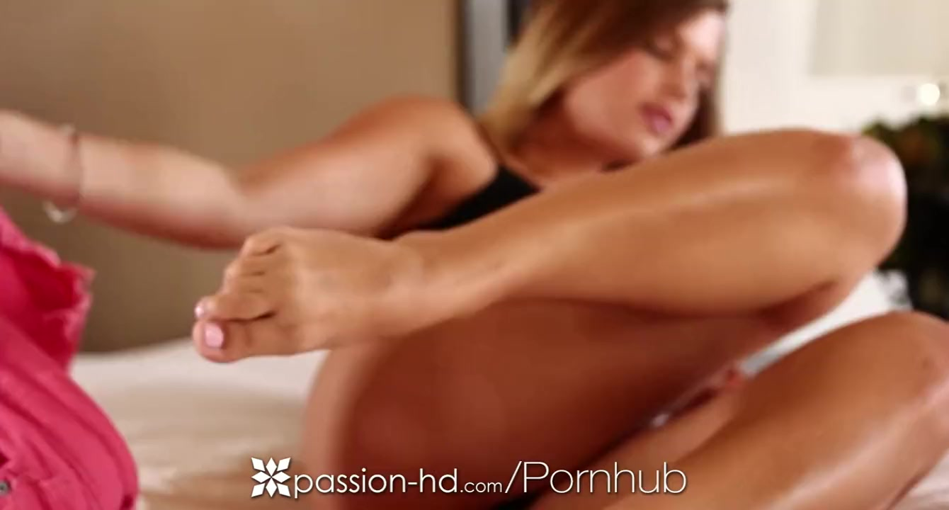 Sexy girlfriend Keisha Grey dripping wet pussy fucked - Passion-HD