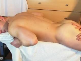 sex kiss massage