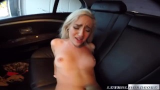 Teen uber taxi rider Naomi Woods fucks the driver for fun