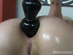 Blonde babe fucking her ass and pussy with some big brutal dildos in HD
